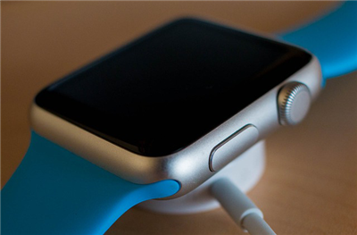 Charge the Apple Watch