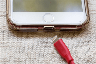 Clean Up the iPhone Cable Port