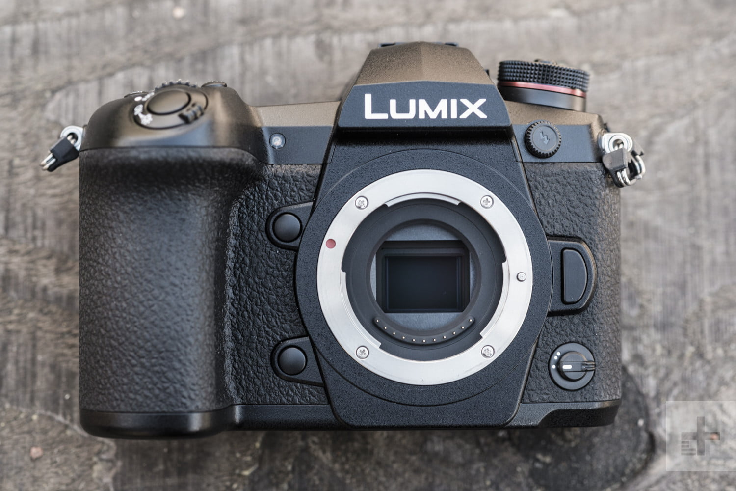 Guide] How to Transfer Photos from Lumix Camera to iPhone