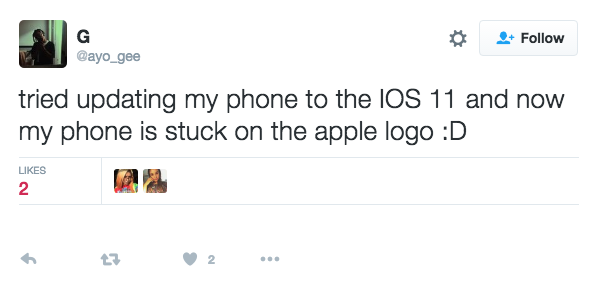 Twitter @ayo_gee reported iPhone stuck on Apple logo – iOS 11