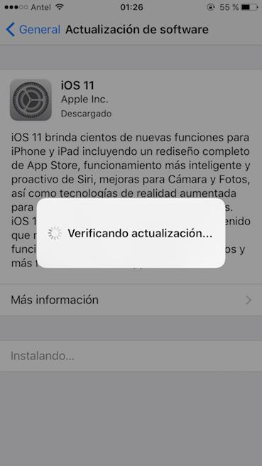 iPhone bloqueado en verificando actualización