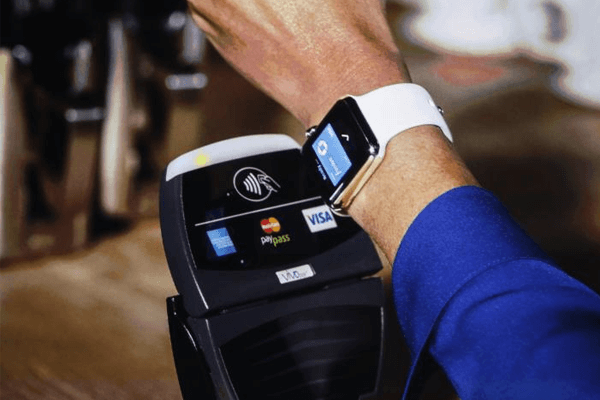 Apple Watchでできること - Apple Pay